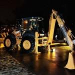 Case Construction King Brightens Paris