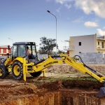 New Holland Construction Introduces Tier IV Interim Compliant Equipment at Samoter 2011