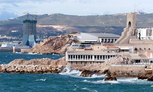 Tour_CMA_CGM_de_Marseille_depuis_endoume_Sept_08