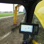 Controlled power and utmost precision: New Holland E385C with Trimble 3D steering – a top performer