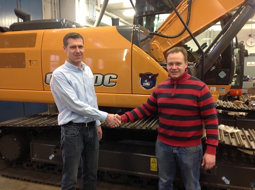 Fintractor Oy is prepared from day one to provide a first class level of sales and service advice and support. Picture from left to right: Anker Lemvig After Sales manager Case Construction Equipment in Nordics and Timo Hannukainen, After Market Manager, Fintractor Oy.