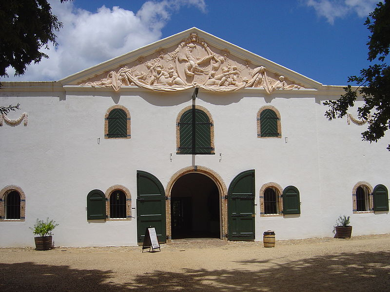 Groot Constancia with façade pediment by Anreith