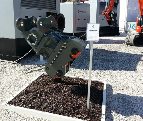 Hill Hillhead TiltRotate 1 Hillhead triumph for Hill Engineering – mega deals done and new TiltRotate goes down a storm…