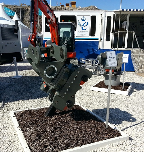 Hill Hillhead TiltRotate 2 Hillhead triumph for Hill Engineering – mega deals done and new TiltRotate goes down a storm…