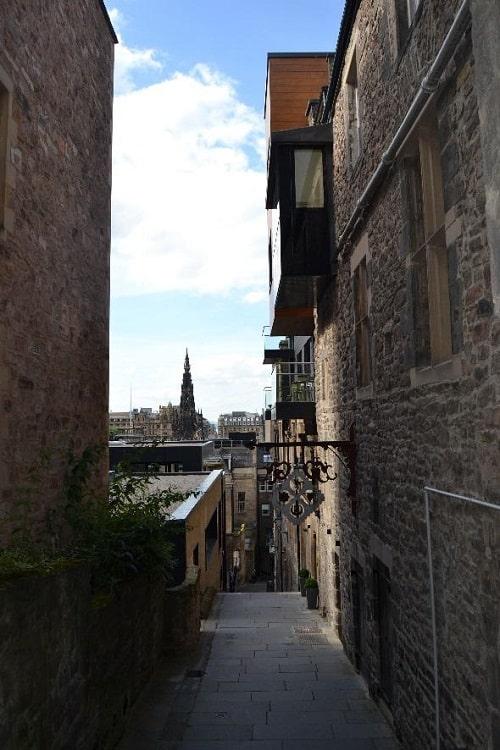 Advocates Close St. Gile's Cathedral Edinburgh