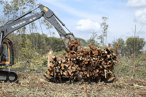 volvo construction equipment Logging on at the equator