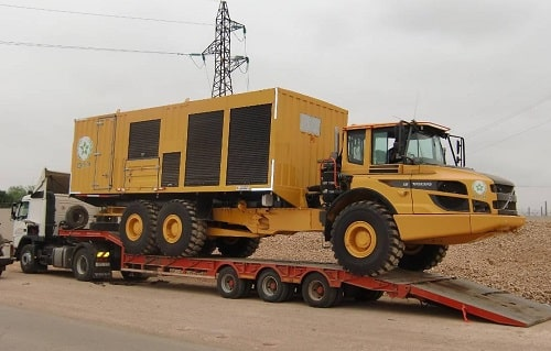 The Volvo A30F articulated hauler is equipped with the 'box on the back', delivering reliable service to all the machines around the mines.