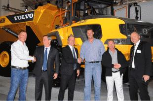 Photo caption, from left: Carl Zietsman, Martin Weissburg, Martin Lundstedt, Stanley van der Burgh, Roger O'Callaghan, Tomas Kuta