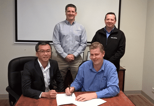 managing-director-of-ops-shane-czerkasow-and-clement-cheong