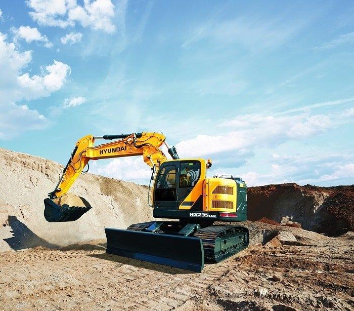 Hyundai HX235 LCR compact radius excavator Side Shift Boom