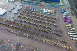 A-Plant gear in high demand at Rockingham auction