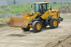 Dual-tasking SDLG LG936L facilitates asphalt production for major road project in Indonesia
