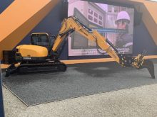 Hyundai Construction Equipment prepare their excavators for Engcon tiltrotators